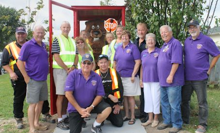 Kincardine Lions unveil new crossing guard shelters