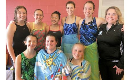 KDSS swim team competes at CWOSSA meet